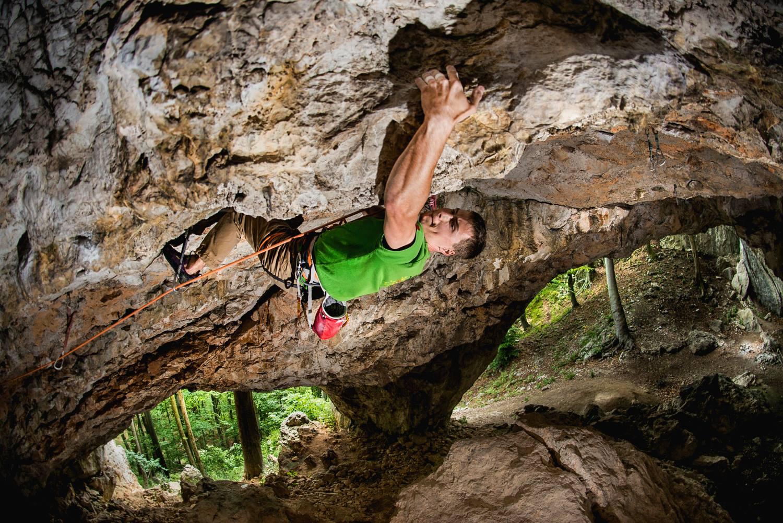 5 slovenskih plezališč za vroče poletne dni