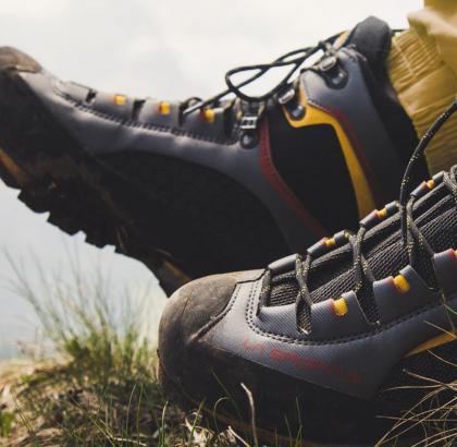 Kaj moramo vedeti pred nakupom pohodnih čevljev?